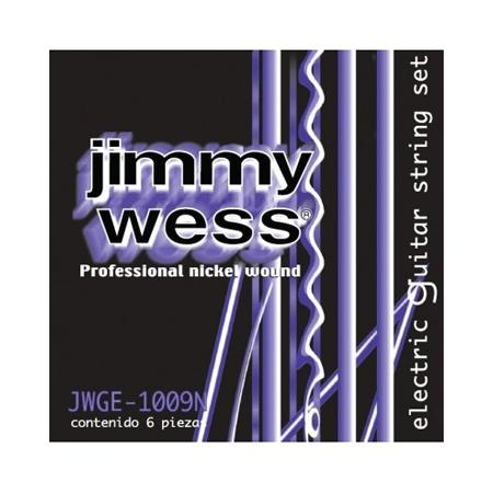 as cuerdas Jimmy Wess, en todas sus presentaciones, son el resultado de las más altas exigencias del músico profesional. Jimmy Wess es; la cuerda profesional que permanece más tiempo afinada. CALIBRE .009 .011 .016 .024 .032 .042