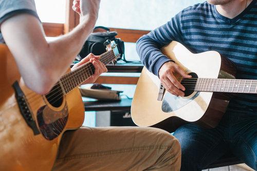 10 Tips para tocar Guitarra